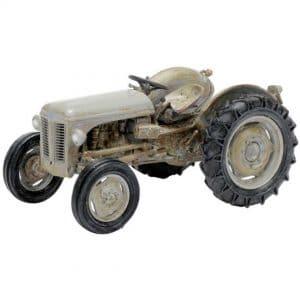model traktor